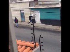 Con hachas y comandados por el Concejal Jesús Superlano causan terror y muerte en el centro de Barqu