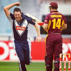 Darren Pattinson celebrates the wicket of Luke Pomersbach during the #RyobiODC Final