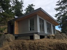 The Desolation Sound Cabin: a modern off-grid and modular cabin from West Coast Outbuildings.