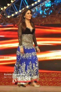 Ji Star Awards, Kareena Kapoor Khan, Big Star, True Beauty, Loving U, My Favorite Things, Bollywood, Sequin Skirt