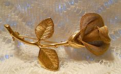 Vintage Gold Tone Flower Brooch Signed AK  by ViksVintageJewelry, $21.99 Vintage Brooches, Vintage Jewelry, Vintage Items, Antique Jewelry, Rose Jewelry, Pink Love, Vintage Fashion, Vintage Style, Out Of Style
