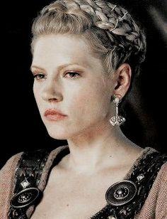 Katheryn Winnick ✾ as Lagertha