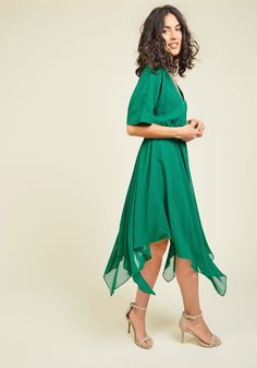 Talented Gallery Director Midi Dress in Jade. Curating the best collections for your space comes naturally, and this green dress - a ModCloth exclusive - highlights your flair for showmanship at every opening. #multi #modcloth