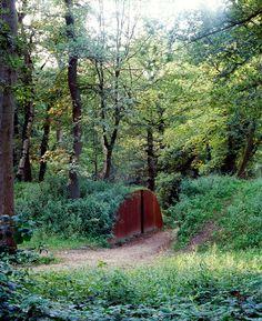 05-Grebbeberg-michael-van-gessel-landscape-architecture path marked by corten steel