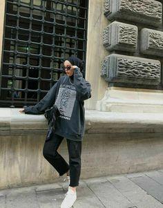 Modest Fashion Hijab, Modern Hijab Fashion, Street Hijab Fashion, Muslim Women Fashion, Modesty Fashion, Hijab Fashion Inspiration, Fashion Mode, Tomboy Fashion, Fashion Outfits