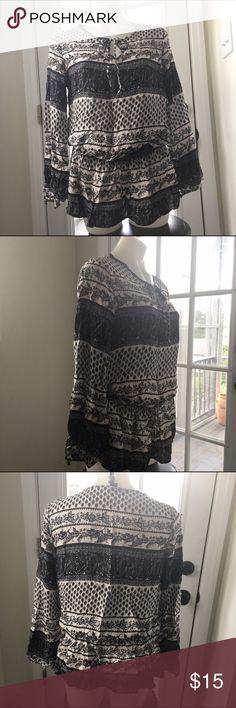 Forever 21 Drop Waist Tunic Top Excellent Preowned Condition Size L stretch drop waist portion, fits true to size will not fit XL. Forever 21 Tops Tunics