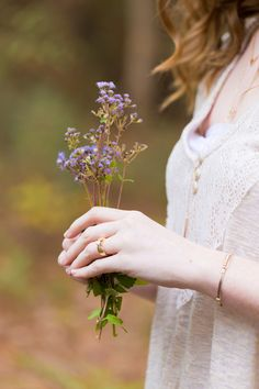 antique engagement ring with wildflower bouquet (Ocean Springs engagement photographer Uninvented Colors Photography)