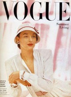 Vintage Vogue magazine covers - mylusciouslife.com - Vintage Vogue covers - Dorian Leigh 1946.jpg