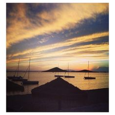 Foto desde una ventana del puerto de candas