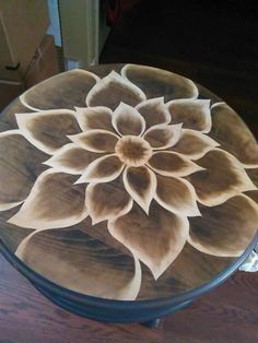 Shading with stain Diy Furniture Projects, Paint Furniture, Repurposed Furniture, Furniture Makeover, Wood Projects, Wood Burning Crafts, Wood Burning Patterns, Wood Burning Art, Wood Crafts