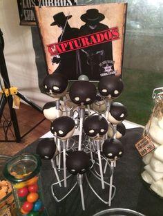 El Zorro Cake Pops!!