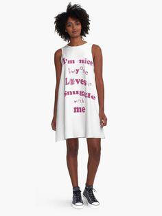 Pineapple pattern a-line dress! This would look so cute with a belt! Great summer pattern from Couple Look, Red A Line Dress, Dresses Near Me, Pineapple Pattern, Gold Dress, Fashion Wear, Woman Fashion, Chiffon Tops, Women Wear