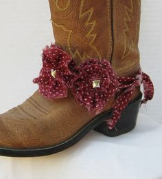 MAROON OUT Aggie boot bracelet shabby chic by feathers2gether, $18.00