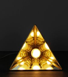 Superior Candela Table Lamp