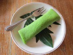 La cuisine balinaise - recette des Dadar Gulung (crêpes vertes)