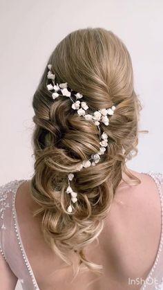 Long Bridal Hair, Wavy Wedding Hair, Romantic Wedding Hair, Vintage Wedding Hair, Wedding Hair Pieces, Wedding Hair And Makeup, Wedding Veils, Bridal Headpieces, Bridal Hairstyles With Braids