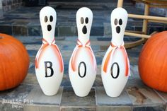 Bowling pin ghosts for Halloween decor