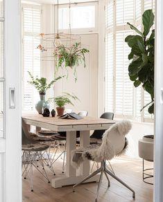 Home Design Ideas - Amazing Japan Modern Home Design 2020 Home Design, Modern House Design, Living Room Decor, Living Spaces, Hidden Cabinet, Home Cooler, Interior Styling, Interior Design, Hidden Rooms