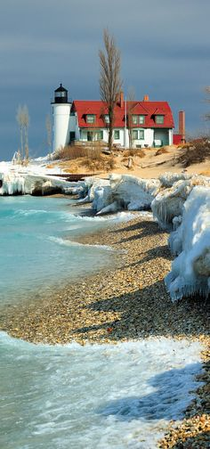 Point Betsie Lighthouse, Crystallia, Michigan, USA OR Nantucket. I've seen this pic with both labels. Nebraska, Beautiful Places, Beautiful Pictures, Lighthouse Pictures, Belle Photo, Wyoming, Land Scape, Missouri, Wisconsin