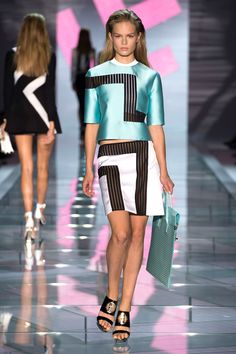 Milan Fashion Week: Spring 2015 - Love this! Love all of Versace