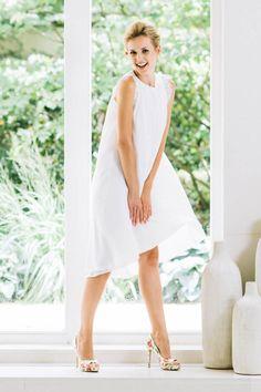 Ein VOKUHILA Brautkleid in Seide, dass du so definitiv noch nicht gesehen hast. Überzeug dich selbst gleich hier und lass' dich hier von unserer Josefine inspirieren!
