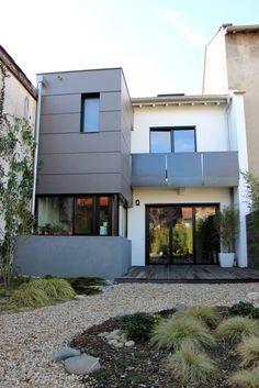 (Van Atelier d'architecture Pilon & Georges)