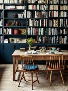 Combining Apartments to Gain Space: An Architect's Family Duplex in Paris The Family Duplex: Paris Architect Camille Hermand's Newly Combined Apartments Living Room Paint, Living Room Decor, Dining Room, Home Libraries, Reading Room, Family Room, House Plans, Sweet Home, House Design