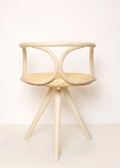 Matmatic chair 100% rattan. Produced by traditional artisans.