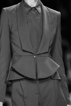 Chic tailored suit with elegant structured shape, fashion details // Elie Saab Spring 2013