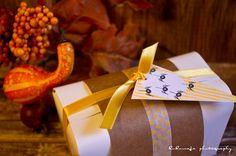 Halloween Party - Giveaway Verpackung  - Kombi-Wimpelstempel, Motivstempel, Verpackung, Satinband, Masking Tape von kukuwaja  http://kukuwaja.blogspot.de/2012/10/halloween-party.html