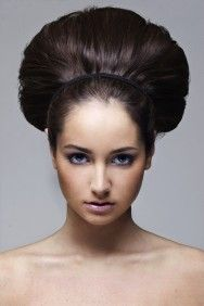 Que penteado devo usar para o meu tipo de rosto? Descubra aqui