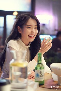 Foto Snap, Iu Twitter, Iu Hair, Pretty Korean Girls, Iu Fashion, Korean Actresses, Korean Celebrities, Korean Singer, Girl Crushes