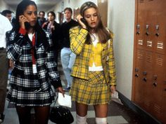 Pic: Alicia Silverstone dressed up as Cher from Clueless and looks almost the exact same Clueless Costume, Cher Clueless, Clueless Outfits, Cher Horowitz, Alicia Silverstone, 1990s Fashion Trends, 80s Fashion, Fashion Outfits, Fashion Online