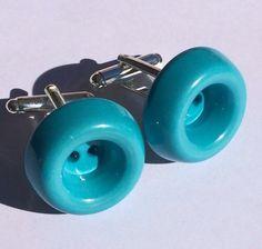 #nuovi #gemelli fatti con i #bottoni #new #cufflink made with #buttons !  #bludiletta #blu #accessorize #accessori #unisex #bijoux #gioielli #jewels #handmade #green #vintage  Per tutti i gemelli clicca su #bludilettacufflink