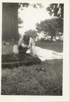park kissing