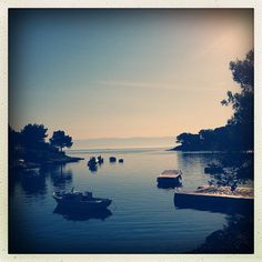 Early this morning, I took a one-hour long, quiet walk along the coast of the island of Losinj, from Veli Losinj to Mali Losinj. This cove is one of the many on that stretch of the coast. #boats #sea #cove #morning