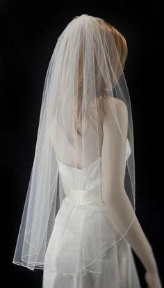 wedding veil, fingertip length bridal veil, pencil edge veil by simplebeautyveils on Etsy