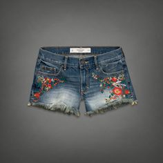 A&F Mid Rise Shorts from Abercrombie & Fitch. Saved to Summer Clothes. Shop more products from Abercrombie & Fitch on Wanelo. All American Clothing, American Apparel, Embroidered Shorts, Girls Jeans, Short Girls, Refashion, Get Dressed, Mantel, Summer Outfits