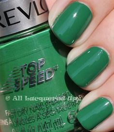 I'm in love with this shade of green!