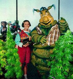 Greenclaws 80's kids tv  What the hell were they growing!?   Lol