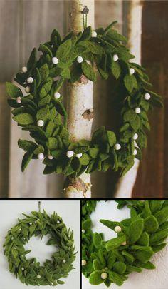 Green Felt Wreath with Mistletoe Accents / Felt Theme Christmas decor Wreath