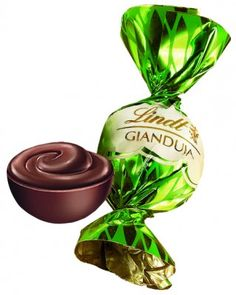 Lindt Gianduja Truffle Lindt Chocolate Truffles, Lindt Lindor, Sweets Online, Pie Tops, Chocolate Packaging, Ben And Jerrys, Sweet Tooth, Favorite Recipes, Treats