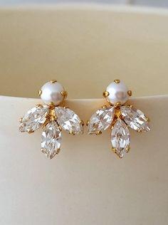 Bridal crystal earrings | Pearl crystal stud earrings | Bridesmaid gift | Petite crystal earrings |white Cluster earring |Vintage Bridal earrings by EldorTinaJewelry | http://etsy.me/2bv08X9