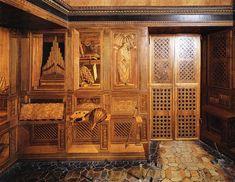 Federico da Montefeltro's perfect palace - Italian Ways Italian Renaissance, Renaissance Art, Michelangelo, Geek Underwear, Villa, Like A Local, Wood Veneer, Architecture Details, Italy Travel