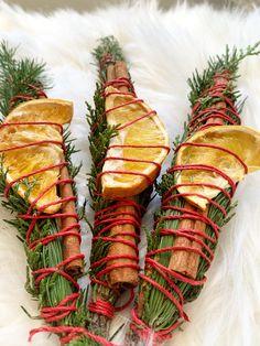 Christmas Tree Scent, Christmas Holiday, Christmas Decor, Scent Sticks, Altar Decorations, Sabbats, Smudge Sticks, Winter Solstice, Cinnamon Sticks