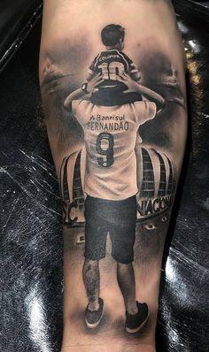 80 Tatuagens realistas para você se inspirar TopTatuagens is part of Sunflower tattoos Shoulder Ears - Sunflower tattoos Shoulder Ears Mama Tattoos, Forarm Tattoos, Bild Tattoos, Dope Tattoos, Body Art Tattoos, Tattoos For Guys, Sleeve Tattoos, Tattos, Father Daughter Tattoos
