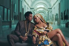 France stunned after Beyonce and Jay-Z storm world's biggest museum in surprise Louvre shot Beyonce 2013, Beyonce E Jay Z, Beyonce Knowles, Beyonce Coachella, Rihanna, High Level, We Heart It, Mona Lisa, Vibe Video