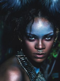 Rihanna shot by Mert Alas and Marcus Piggott; styled by Edward Enninful; W magazine September 2014 Goa Style, Tribal Makeup, Alas Marcus Piggott, Post Apocalyptic Fashion, Foto Fashion, Fashion 2018, Fashion Art, High Fashion, Fashion Design