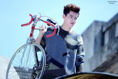 Wu Yi Fan, Kris Wu, Prince Charming, Bike, Gym, Sports, Wattpad, Chinese, Kpop
