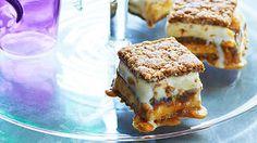 Anzac biscuit hokey pokey ice-cream sandwiches recipe : SBS Food